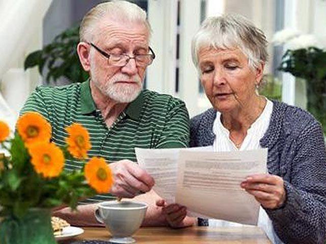 Пенсионеры и люди в возрасте часто предпочитают жесткие матрасы.