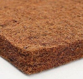 Отличная коковая койра имеет коричневый окрас.